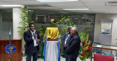 Vanuatu Business Review » RBV launches National Payment System, pays VT299M dividend